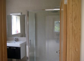 Bathroom Refurbishment 1B