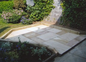 Garden Paving & Brickwork 1D